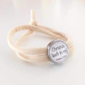 Armbandje met schuiver | Christus leeft in mij
